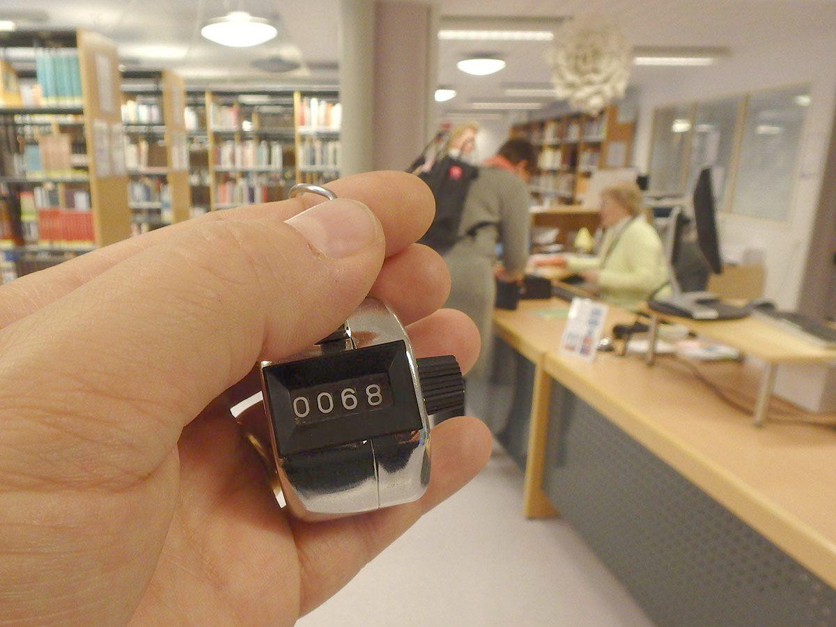 Tilastot kertovat kirjastosta totuuden??