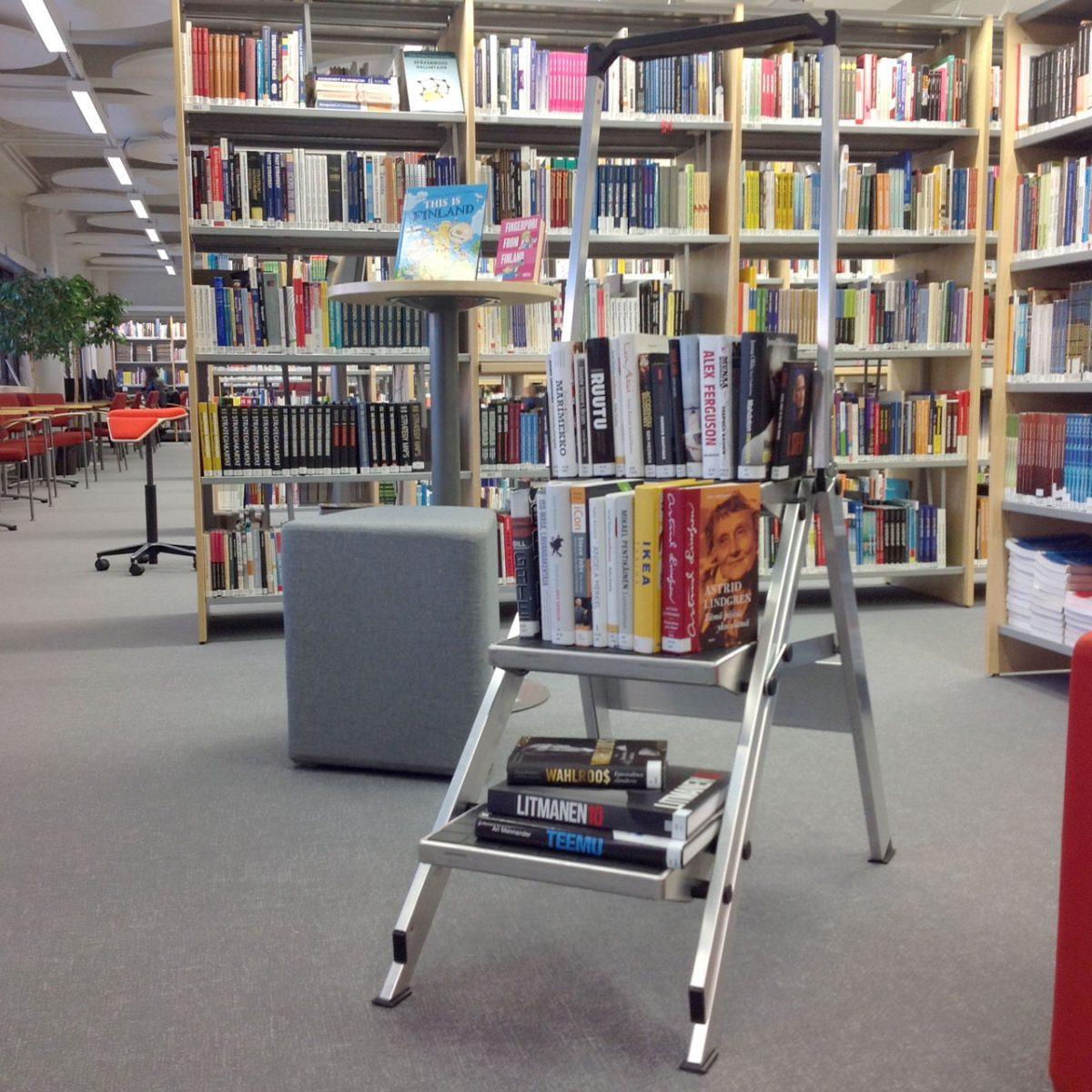 Mitä ne oikein tekevät siellä kirjastossa